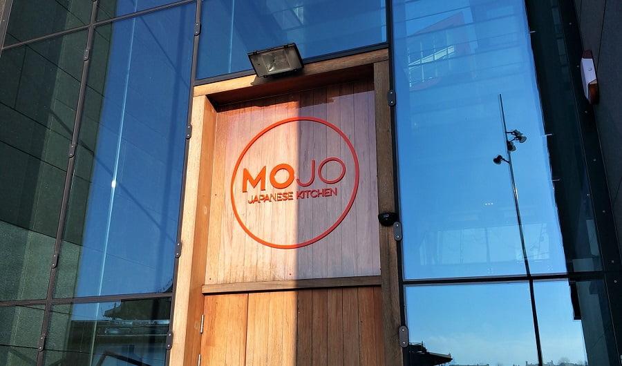 Freesletters restaurant gevel Mojo Japanese Kitchen