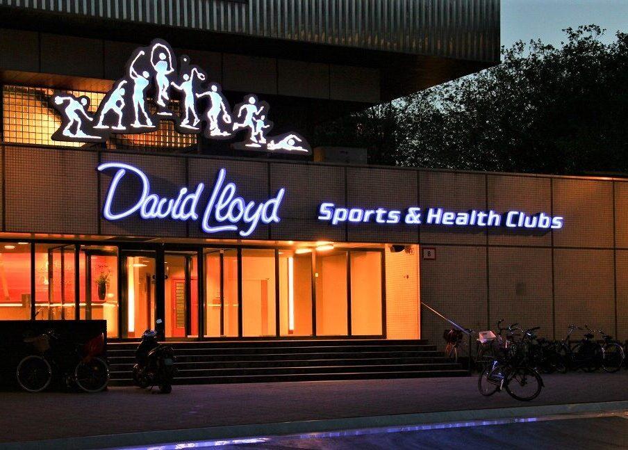 Neon in doosletters David lloyd sports en health clubs