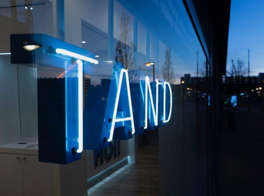 Tand - neon